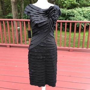 NWT! Tadashi  Shoji SZ 8, Black tiered dress